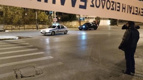 Bombă explodată la o televiziune din Grecia - explozieputernicalasediulunuicun-1545036360.jpg