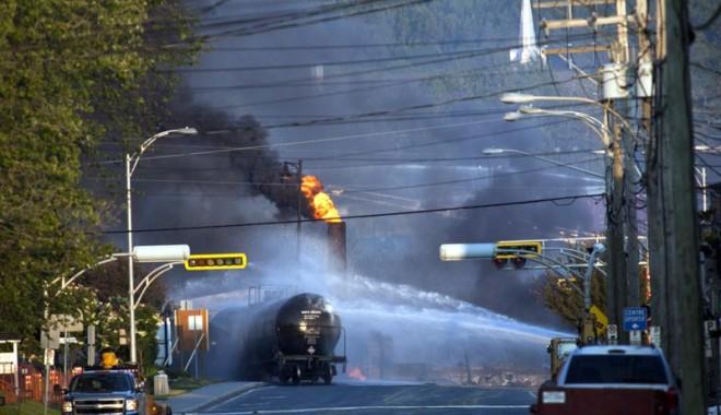 Foto: Bilanţul exploziei trenului din Canada