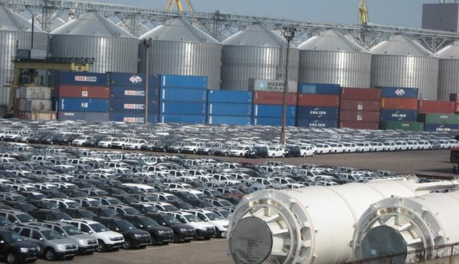 Foto: Exporturile record nu echilibrează balanța comercială a României