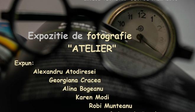 """Foto: Expoziţie de fotografie la Liceul """"George Călinescu"""""""