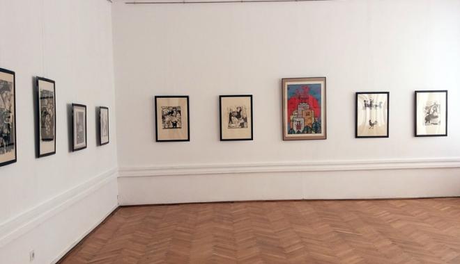 Foto: Constănţenii, invitaţi la expoziţia de la Muzeul de Artă Constanţa