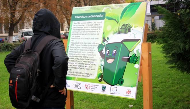 Foto: Povestea deşeurilor reciclabile, în parcul de la Teatrul Naţional din Constanţa