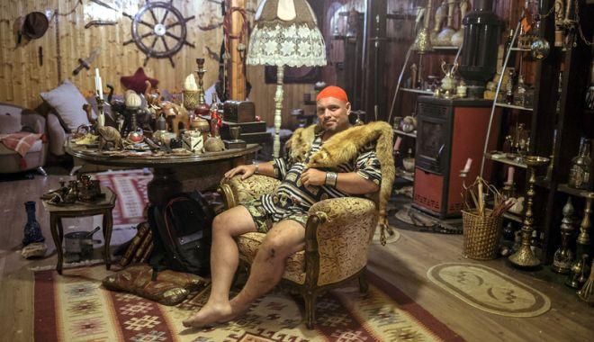 """Foto: Expoziţie """"People of Romania"""", la Constanţa. Poveşti culese din aşezările de la malul Mării Negre"""