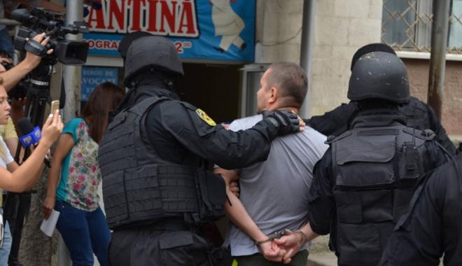 Foto: Extrădat  din România, la cererea poliţiştilor americani