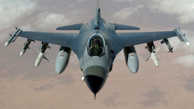 Foto: Gabriel Leş: România negociază cumpărarea a încă 48 de avioane F-16