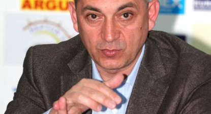 """Foto: Bosînceanu: """"Am rămas numai pentru a nu lăsa baltă Farul în timpul campionatului"""""""