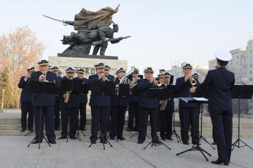 """Foto: Fanfara """"Muzica Apelor"""" concertează astăzi şi mâine în Constanţa şi Mamaia!"""