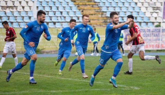 Liga 2 / FC Farul a învins cu 5-0 Pandurii și a urcat pe locul trei - faru-1573307306.jpg