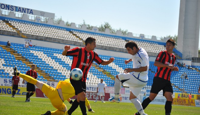 """Foto: FC Farul merge fără frică în """"infernul"""" de la Botoşani"""