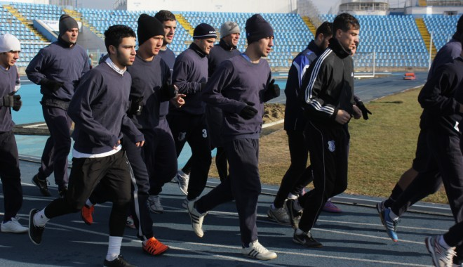 """Foto: Galerie Foto / FC Farul s-a reunit astăzi la stadionul """"Farul"""""""