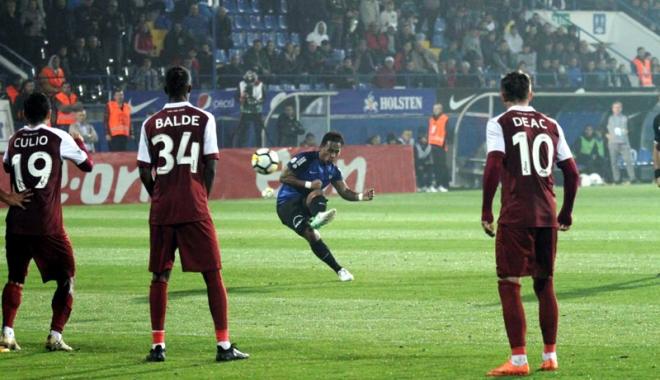 Foto: FC Viitorul, trei puncte cu CFR Cluj.  Eric, execuţie magistrală