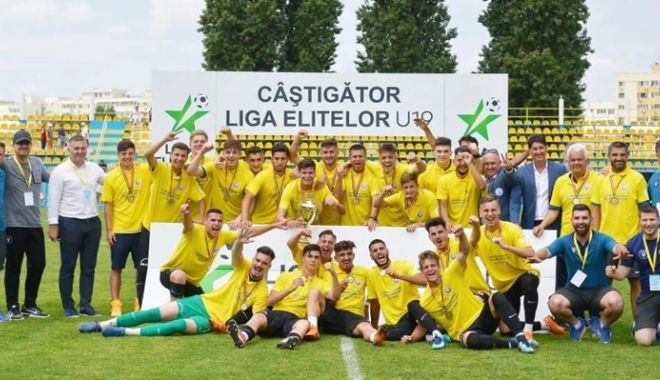 Foto: FC Viitorul, campioana absolută de juniori a României