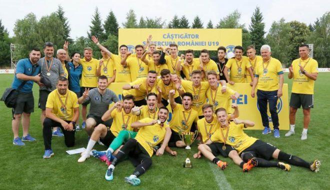 Foto: FC Viitorul U19 a cucerit Supercupa României