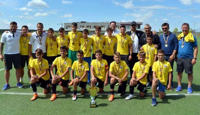 Foto: FC Viitorul, campioană naţională şi la juniori U13