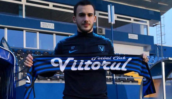Foto: FC Viitorul şi-a prezentat noua achiziţie.  A semnat până în 2023