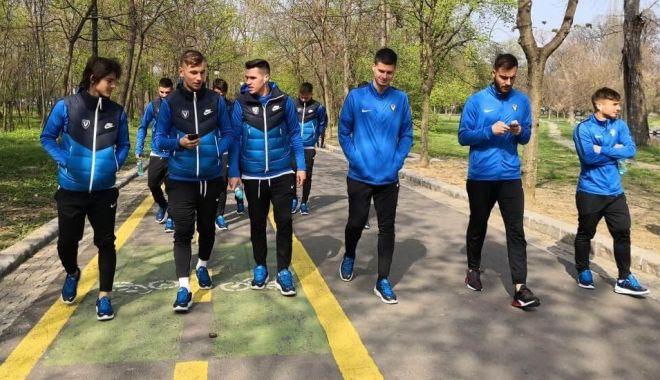 Foto: FC Viitorul atacă pe CSU Craiova cu toate forţele, în semifinalele Cupei României
