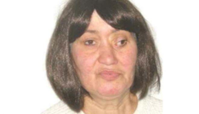 Foto: Femeie de 47 de ani, dată dispărută  de familie