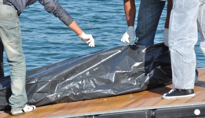 Foto: O femeie a fost găsită moartă în Portul Tomis/ Atenţie, FOTOGRAFII şocante