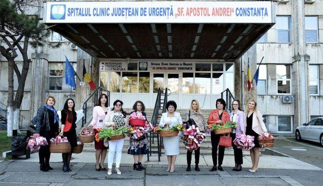 Foto: Social-democratele din Constanța, alături de pacientele din Spitalul Județean