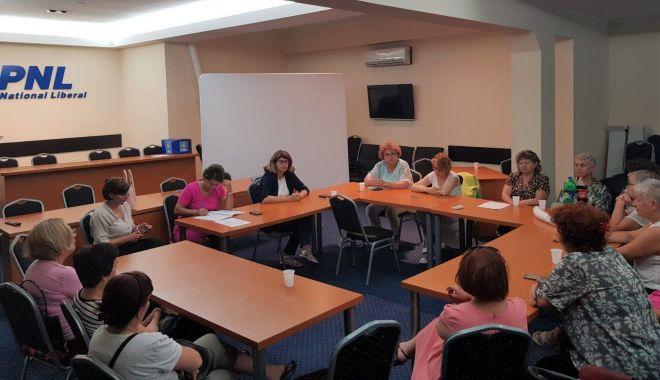 Foto: Femeile liberale, vot pentru funcțiile vacante din filiala Constanța