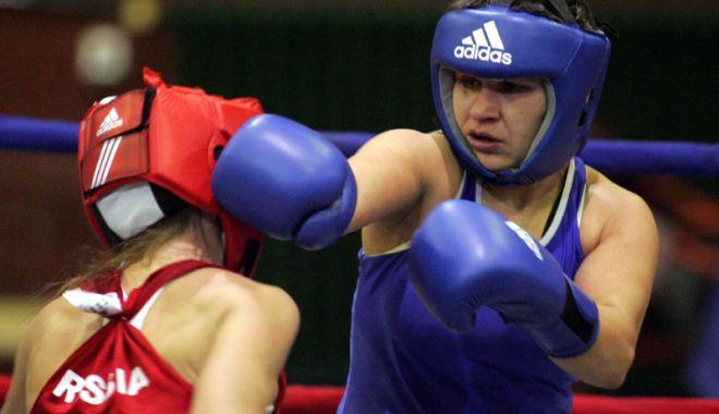 Foto: Feri Vaştag şi Moşu Doroftei vin să vadă bătăliile din ring