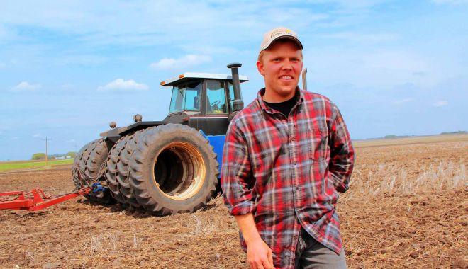 Tinerii fermieri au primit terenuri de la stat - fermieri-1605724323.jpg