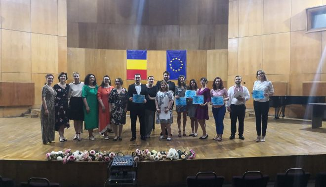 "Festin vocal la Colegiul Naţional de Arte ""Regina Maria"" - festin2-1560976141.jpg"