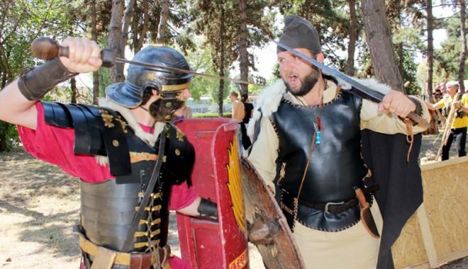 La taifas cu dacii şi romanii despre pasiunea de a te întoarce în Dacia
