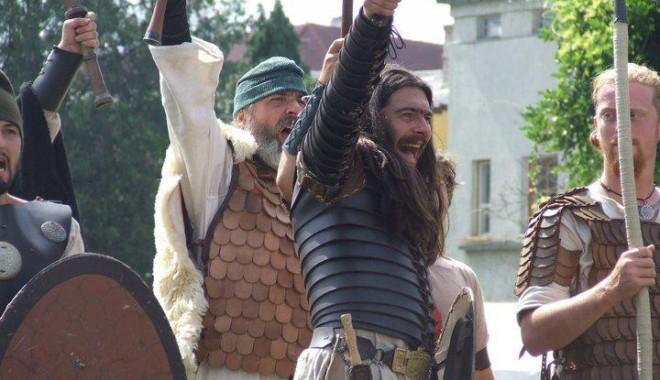 Premieră la Constanța: Festival antic pe străzile Tomisului - festivalanticromani2-1343929866.jpg