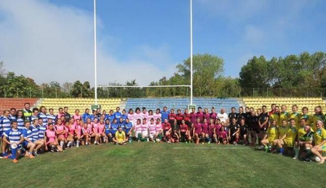 Foto: Fetele au făcut spectacol la rugby în 7, la Constanţa