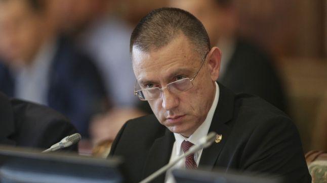 Foto: Fifor: Susţin propunerea de înfiinţare a unei comisii parlamentare de anchetă a evenimentelor din 10 august