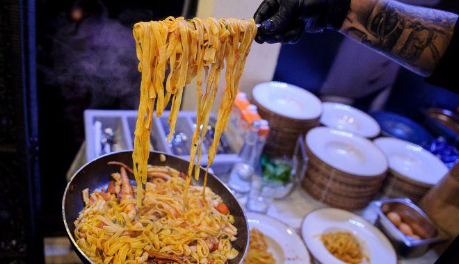 Show-uri de live cooking și muzică de calitate la Filicori Zecchini - filicoriprint3-1570384877.jpg