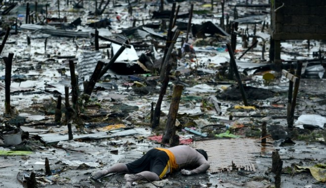 Foto: VIDEO / Filipine, devastat�. Catastrofa natural� cu cele mai multe victime din istoria recent� a ��rii