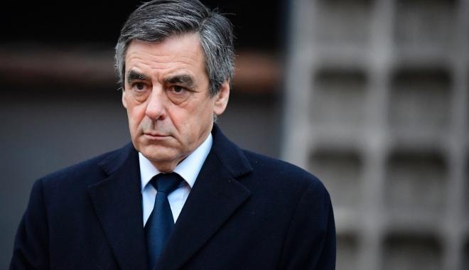 Foto: Deşi inculpat, François Fillon, candidat la alegerile prezidenţiale din Franţa, nu renunţă la candidatură