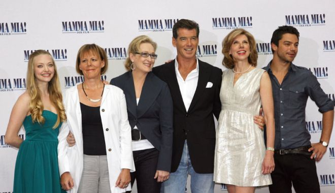 Foto: Mamma Mia!  Meryl Streep şi Pierce Brosnan vă invită la film
