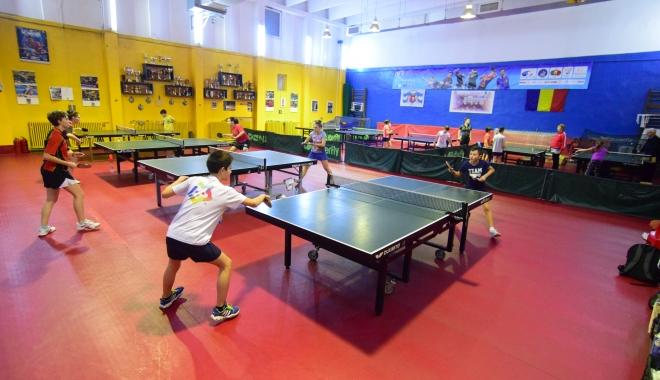 """Foto: Tenis de masă / Finalele CSS-urilor şi LPS-urilor vor avea loc la LPS """"Nicolae Rotaru"""""""