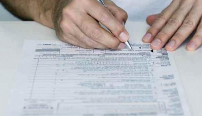 Calendarul fiscal al lunii august 2012