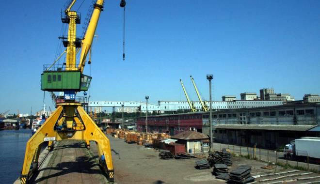 Foto: Fiscul a blocat divizarea companiei Decirom,  din portul Constanţa