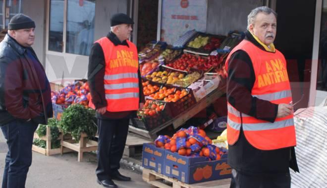 Foto: Fiscul propune sancțiuni graduale și legalizarea bacșișului