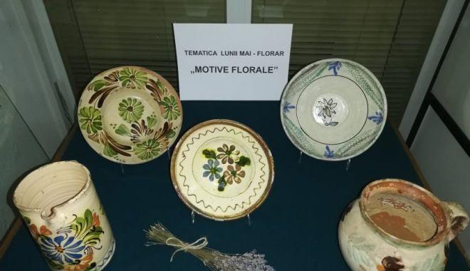 """Foto: """"FLORAR"""", tematica lunii mai la Muzeul de Artă Populară Constanța"""