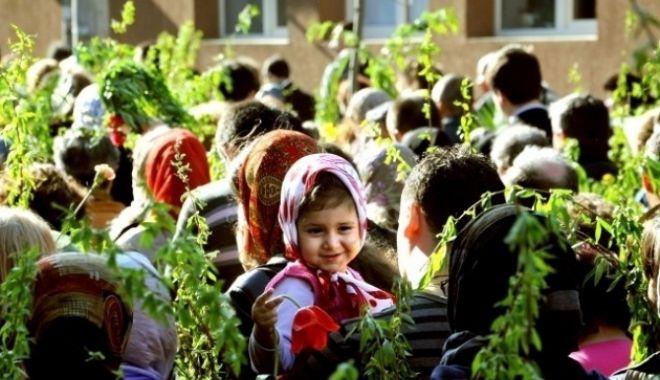 Foto: Floriile, sărbătoarea care vestește Paștele. Tradiții și obiceiuri în Duminica Floriilor