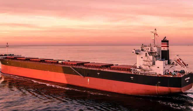 Foto: Guvernul bagă mâna în buzunar pentru repatrierea navigatorilor