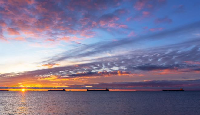 Compania Navrom se zbate să își salveze navele și echipajele - flota-1563998203.jpg