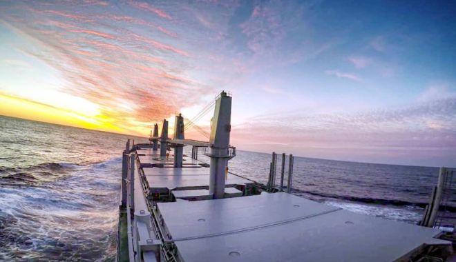 Foto: Navigatorii români preferă să se adreseze justiției din porturile străine