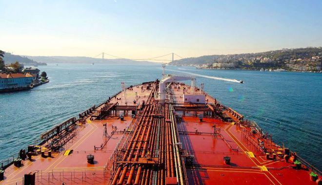 Foto: Regimul special pentru transportul maritim internațional - tratament pentru un muribund?