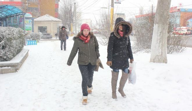 Meteorologii anun��: C�t de grea va fi iarna aceasta, la Constan�a.
