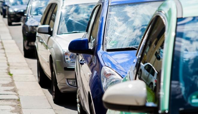 Foto: Adio, timbru de mediu! Ce noi surprize îi aşteaptă pe şoferi