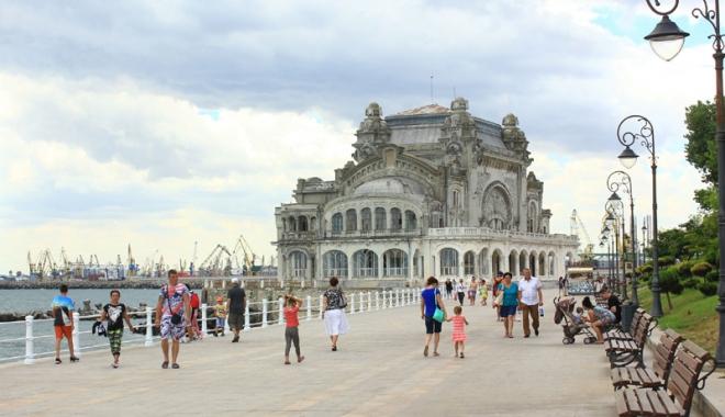 Foto: Constanţa, un oraş plăcut în care să trăieşti, să munceşti şi să înveţi?
