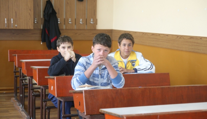 Foto: Zeci de școli fără autorizații  de funcționare și peste 1.700  de catedre neocupate, la Constanța