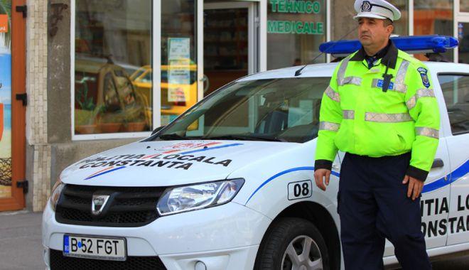 Foto: Bodycam-uri şi pistoale Glock. Poliţiştii locali se înarmează!